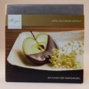 Chocolade met een vulling van appel en vlierbloesem van confiserie Berger