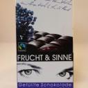 Chocolade met zwarte bes vlierbes vulling van Frucht und Sinne