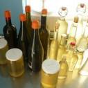 Vlierbloesemsiroop in flessen